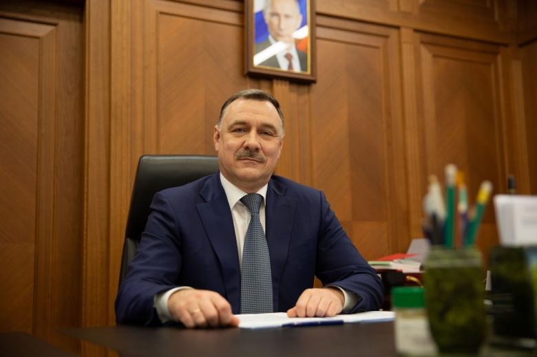 Руководитель Роструда Михаил Иванков поздравляет с 30-летием со дня основания государственной службы занятости